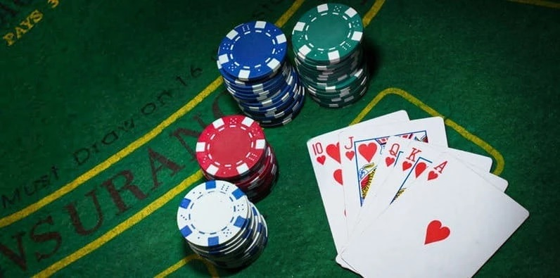 Know what are the advantages of playing slot poker game